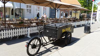Besøg Korsbæk på Bakken - Giba Travel
